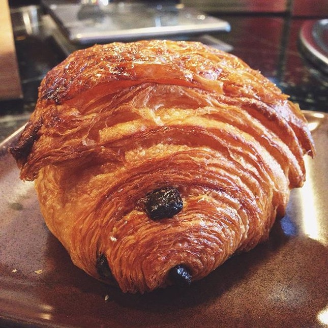 One last viennoiseries rush before flying back.