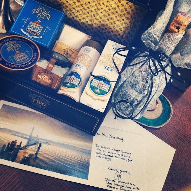 #TWG #tea #champagne #moet&chandon # thankyou 😘LV Sby