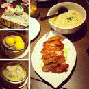 Din Din v gang ~ @robbie_goh @v_bobo  #instafood #instadaily #instamalaysia #food #dinner #noodle #meat #shanghai #sunday #full #yummy #pig