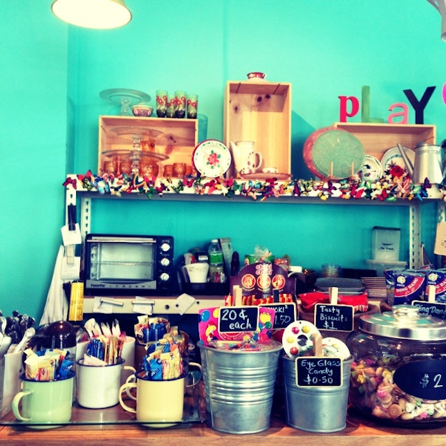eat.play.love cafe