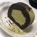 Houjicha & Genmaicha Roll Cake