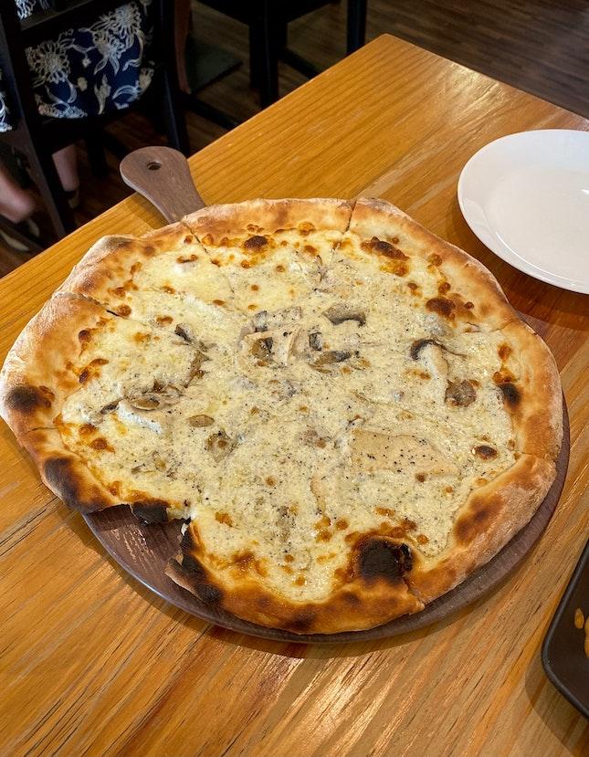 Pollo E Tartufo ($24)