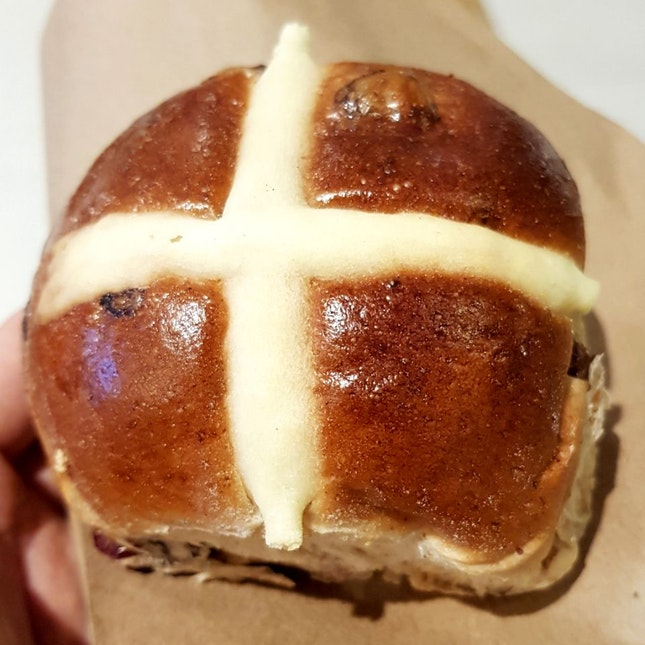 Classic Hot Cross Bun ($2)