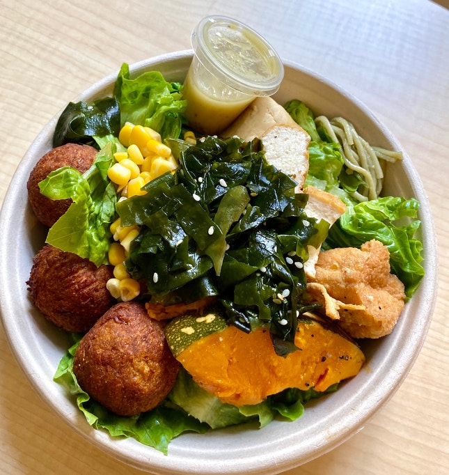 DIY Salad ($9.80)