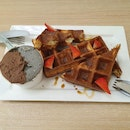 French Waffle Set With Ala Carte Medium Cup($8+$4)