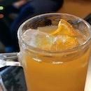 Just Your Regular Iced Lemon Tea 🤷🏻♀️