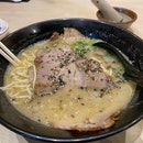 Basic Tonkotsu Ramen - Amazing!