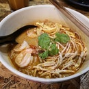Once of the better non halal Sarawak Laksa in town.
