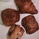 Croissants & Earl Grey Scone