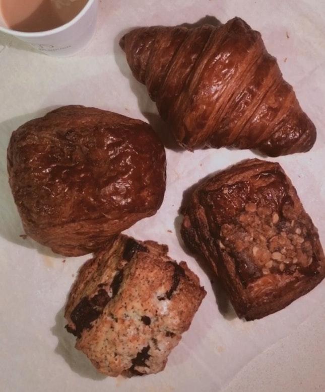 Croissants & Earl Grey Scone