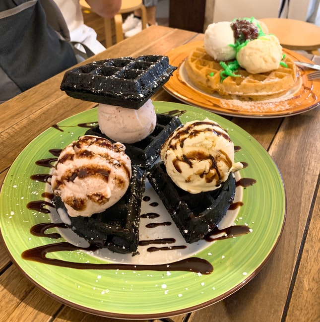 Strawberry Cream with Charcoal Waffle ($14.90)