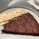Flourless Chocolate Cake ($7.5)