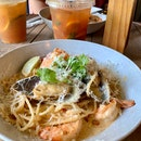 Creamy Shrimps & Mussels Pasta | $13.90