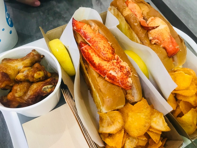 Connecticut Lobster Roll (1-for-1)