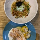 Seafood Aglio Olio & Poached Chicken