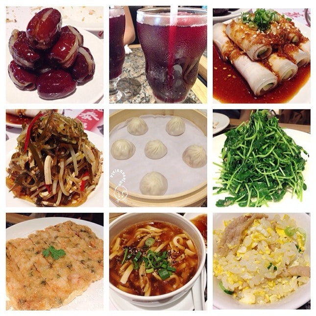And yesterday after Lo hei, we were served all the signature dishes in Din Tai Fung!