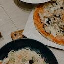 Pastas & Pizza