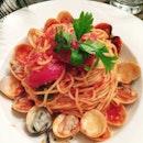 Italiannies' 1 portion of Vongole Spaghetti in Tomato base.
