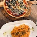 Truffle Pizza And Linguine Granchio Were Bomb 🔥