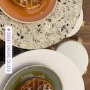 Waffle+ice Cream