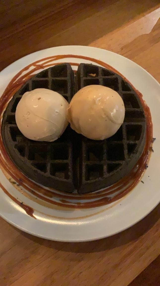 Ice Cream And waffles ($16.50)