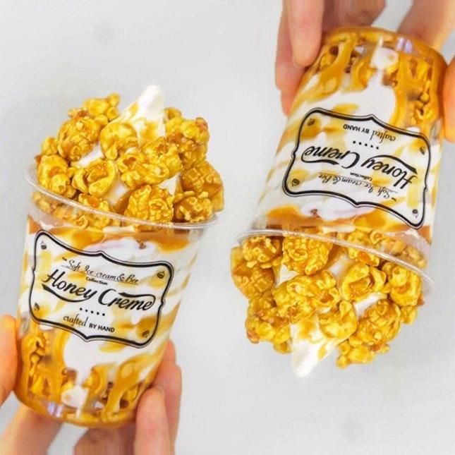 Popcorn & Soft-serve ice cream // happy Sunday people!