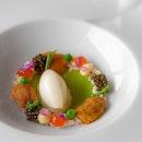 King crab, spring pea, sea urchin, caviar - JAAN, Singapore #missneverfull_sg #missneverfull_jaan