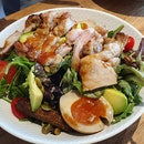 Lola's Salad With Grilled Chicken