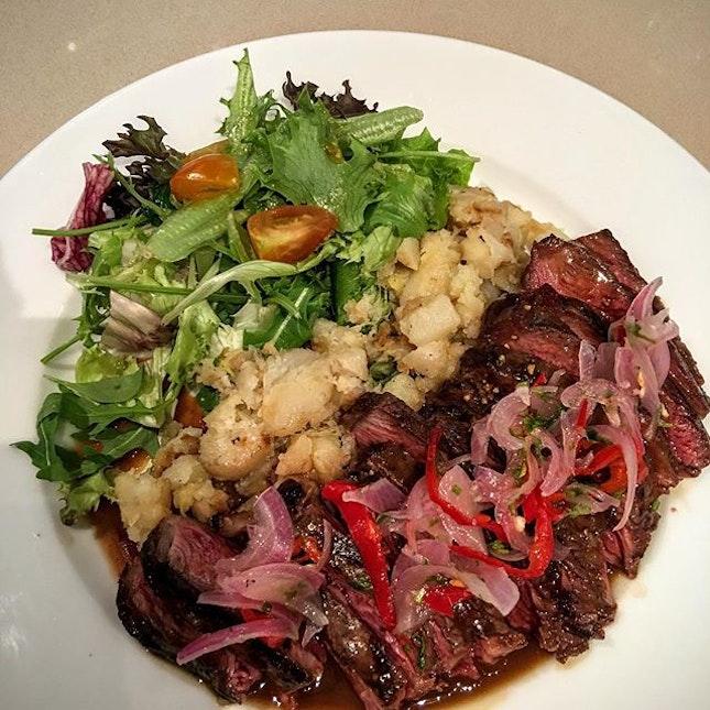 Steak and Chinchalok.
