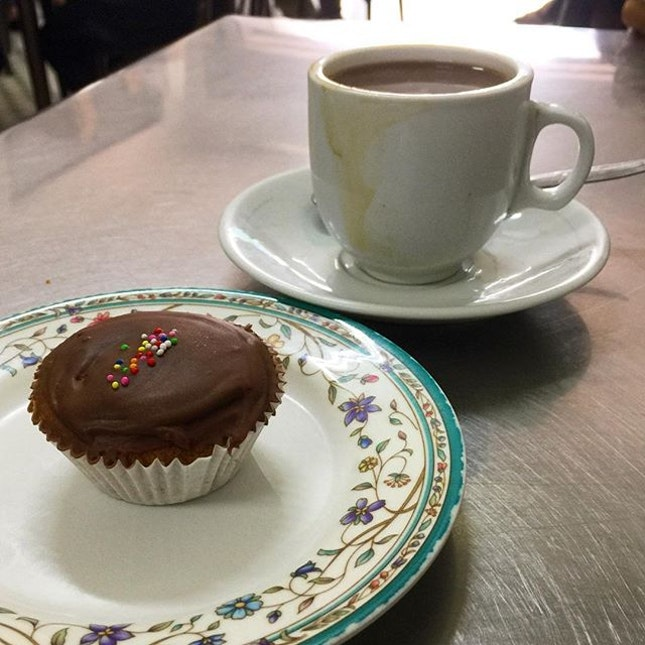 Coffee and chocolate cupcake  _ When the cafe runs out of toasted buns  _ #sqtop_cafe  #burpple  #burpplesg  #passionmadepossible