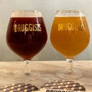 Left: Delirium Red, Cherry Fruit Beer 8%  Right: Love Hate, NE - IPA 7.2% _ Sight soury aftertaste for Cherry Fruit Beer.
