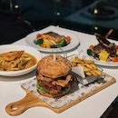 Citrus by The Pool is a Halal-certified café nestled in Woodlands which recently launched new burgers & milkshakes to its existing menu of affordable Western and Asian Fusion dishes!!