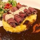 Premium Roast Beef Curry Rice set 烤牛肉日本咖喱饭套餐 😋 份量很大,味道不错,CP值蛮高 .