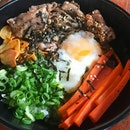 Beef don Sliced grilled beef, japanese rice, sautéed vege,  Onsen egg & truffle oil  Lunch set @ $10 .