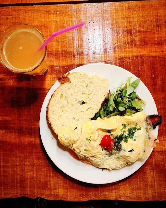 Here's an omelegg for breakfast #toywenjiatravels #omeleggamsterdam #burpple #foodporn #foodie #foodgasm