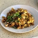 Fried Kway Teow • Fried Oyster (Tiong Bahru Market)