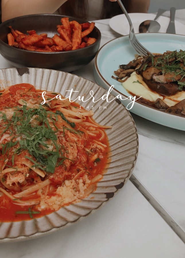 Crab Meat Pasta, Braised Beef Cheeks And Sweet Potato Fries