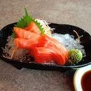 😍 Salmon Sashimi 😍 Itadamimasu~!