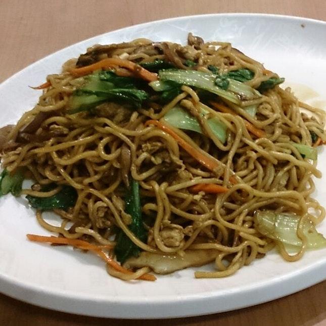 素炒拉面 Vegetarian Fried Ramen