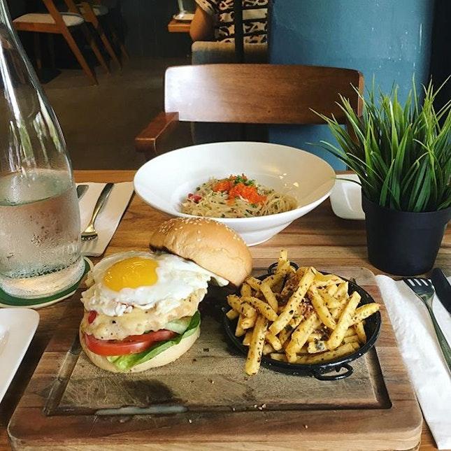 #BurppleBurgerMonth Becoz its burger month!
