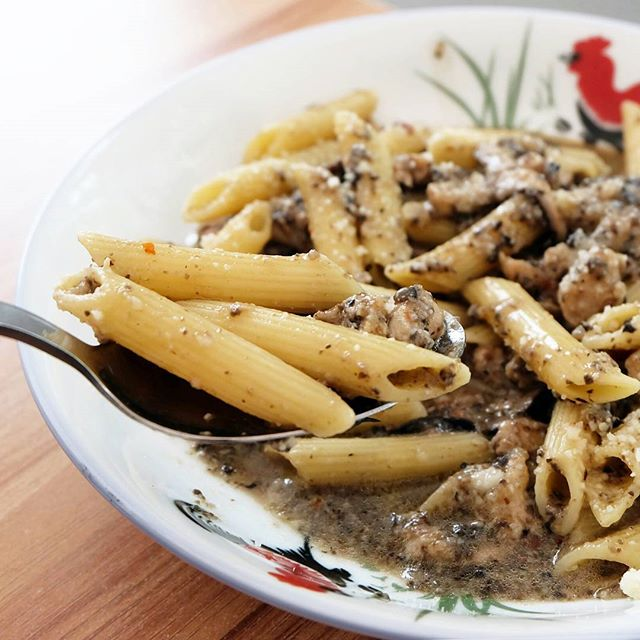 Lunch is settled with Ah Bong's Italian affordable weekday lunch sets.