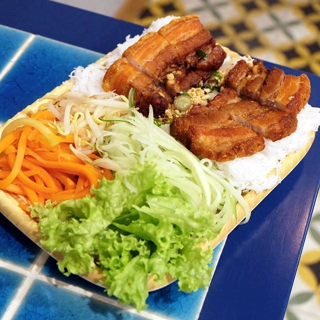 Rice Vermicelli Wrap with Crispy Roasted Pork Belly ($6.90) - Banh hoi.