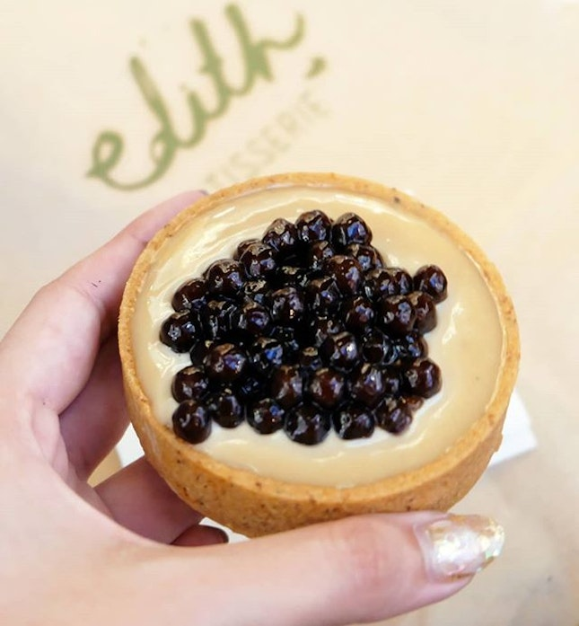 Why limit yourself to drinking bubble tea, when you can eat it in a form of a tart?!