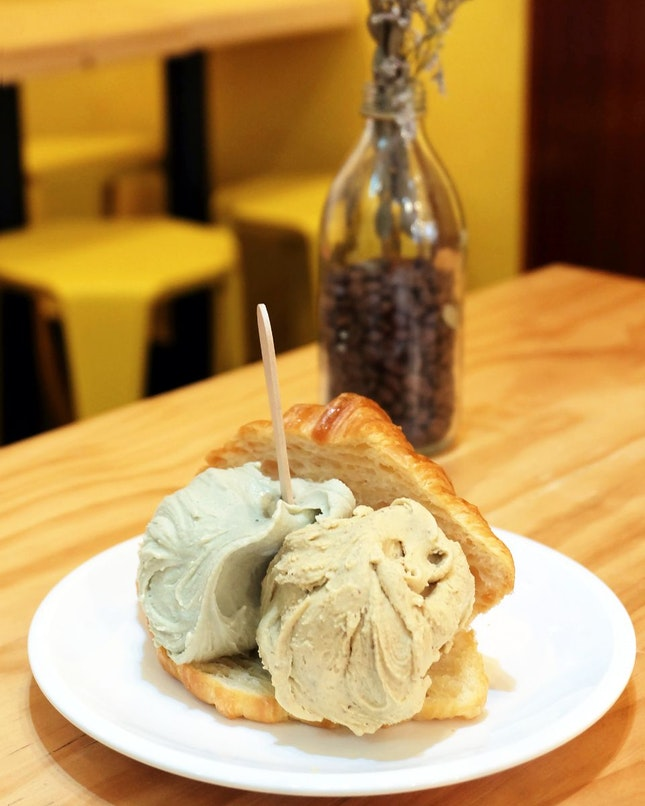 Croissant + Avocado + Pistachio