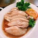 Tong Fong Fatt Hainanese Boneless Chicken Rice (Maxwell Food Centre)