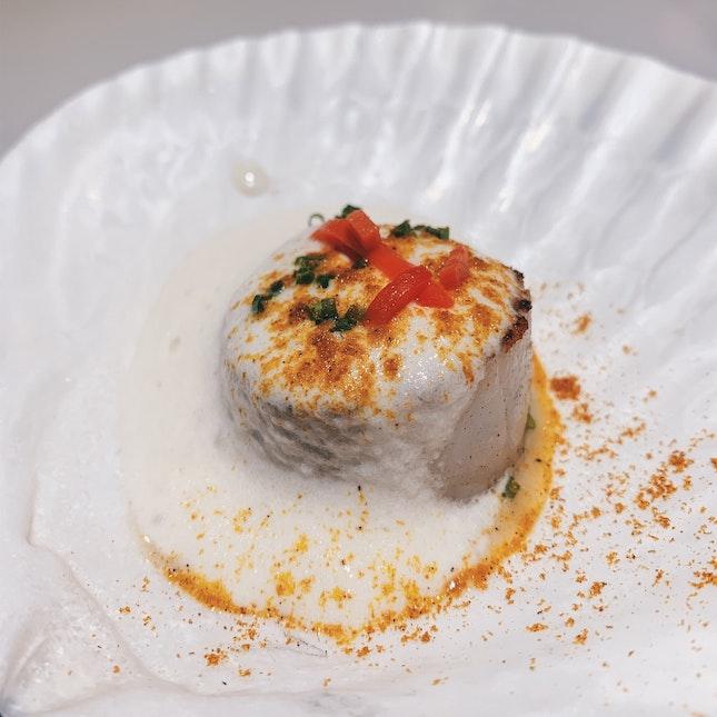 Hokkaido Scallop with Espuma of Cauliflower & Beni Shoga