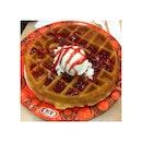 #wafflewithicecream #alltimefavorite #waffle #icecream #dessert #food #foodgasm #foodporn