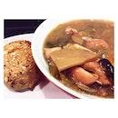 Mizutaki x Keihan Chicken Stew 🐣 So heart and tummy warming w tender sweet chunks of chicken & vegetables 🙆🏻😋 #burpple