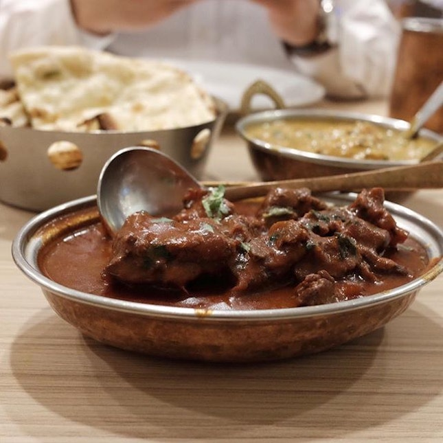 Mutton roganjosh that was smoky, savory and all spiced up!