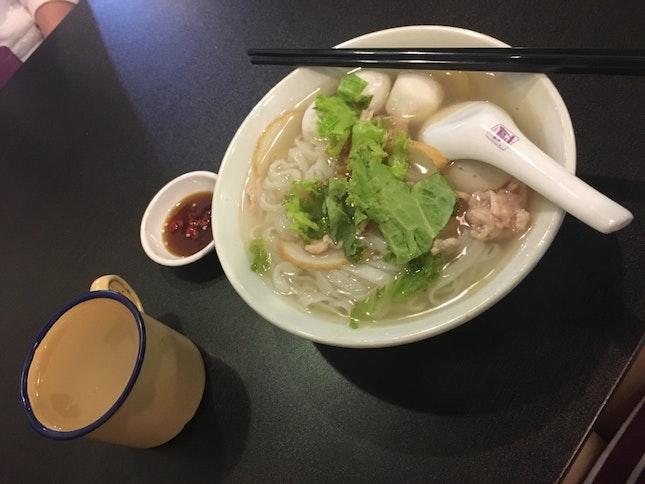 Penang Kway Tiao Soup With Free Barley Drink